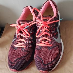 Nike structure 18 black silver pink 693737-800